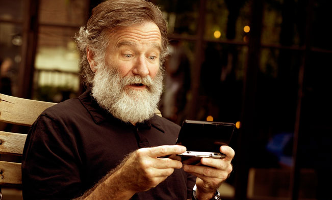 Robin Williams Last Ever Movie Trailer Just Dropped Screen shot 2015 05 04 at 14.23.26