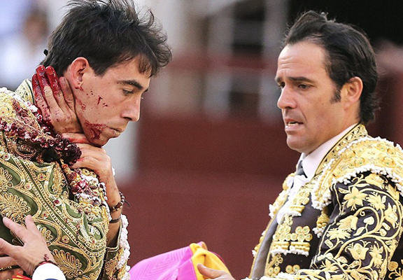Matador Gets Upended By Bull, The Footage Is Seriously Shocking To Watch adrid 4