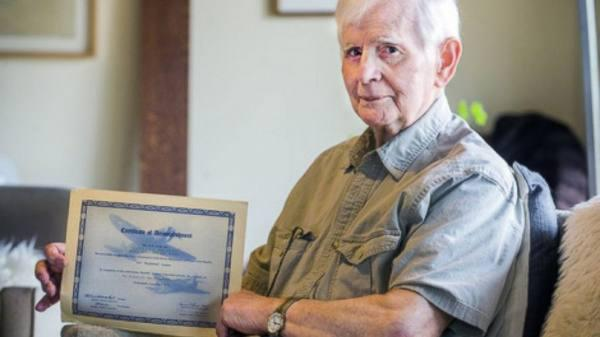 94 Year Old War Veteran Finally Graduates After 76 Years Of Setbacks brutto 2