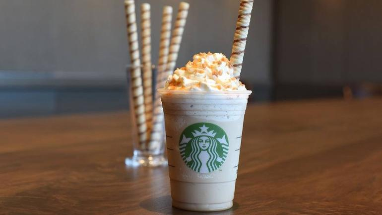 This Starbucks Manager Totally Loses The Plot Over A Cookie Straw cookie