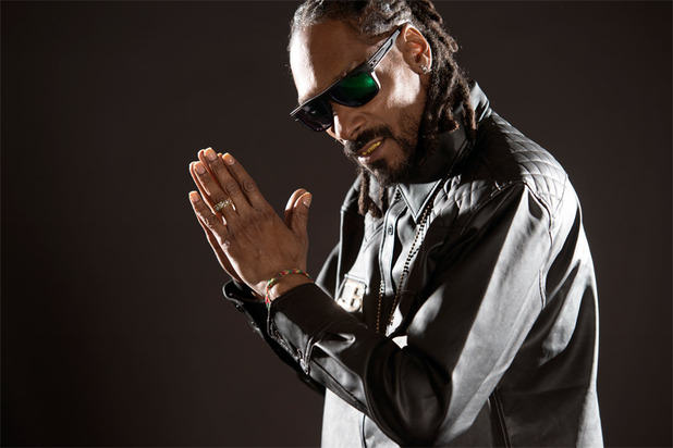 Snoop Dog Doesnt Regret His Sexist Lyrics, But Claims Hes Grown As A Person doggy
