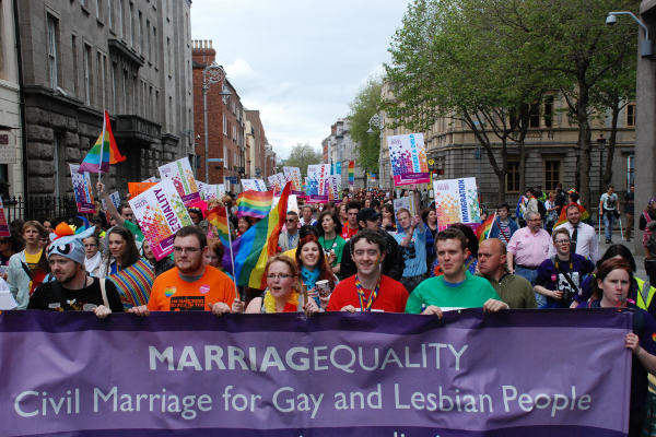 Ireland Could Be First Country To Legalise Same Sex Marriage By Popular Vote irish gay marriage 1