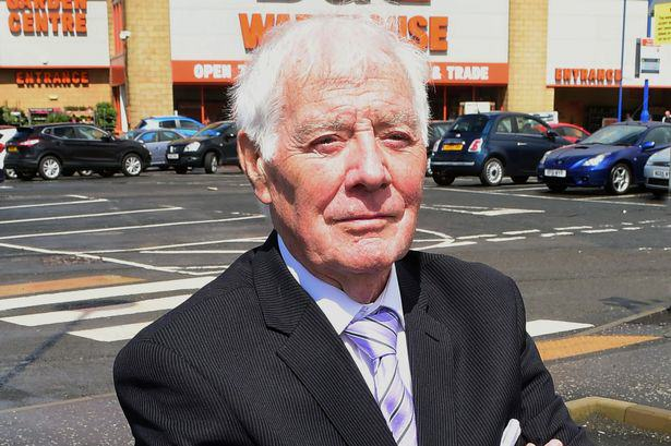 War Veteran, 82, Sacked By B&Q For Leaving Till Open For 3 Minutes ivor smith 1