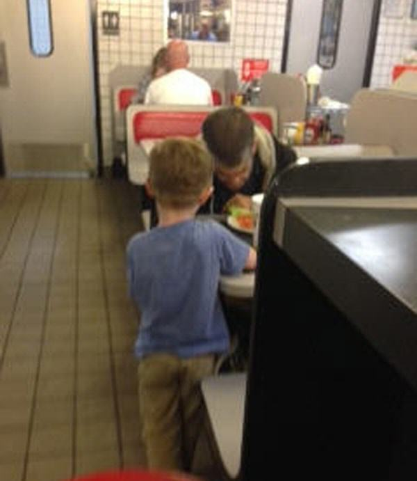 Little Lad Begs His Mum To Buy Food For A Homeless Man, She Does josiah 2