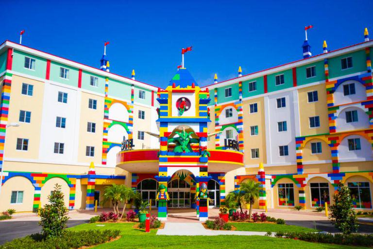 Worlds Biggest LEGO Hotel Opens In Florida, Looks AWESOME lego hotel 1