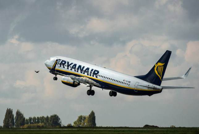 Ryanair Forgets To Stock Loo Roll, Flight Takes Off Without It loo1