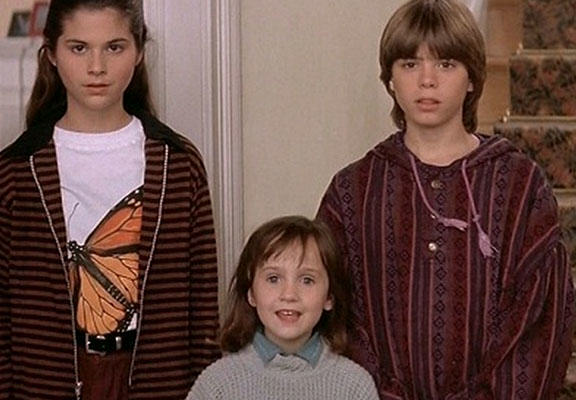 Remember The Kids From Mrs Doubtfire? This Is What They Look Like Now mrsdoubtfireweb