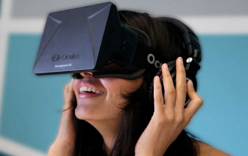 The Oculus Rift Virtual Reality Headset Is Officially Coming Next Year oculus2