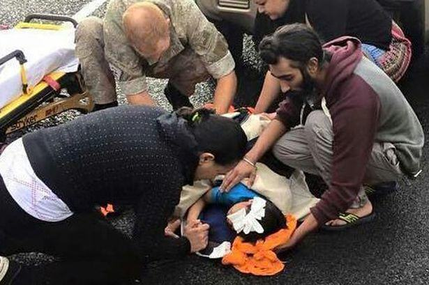 Sikh Man Removes Turban To Help Save Boys Life After Car Accident sikh man 1