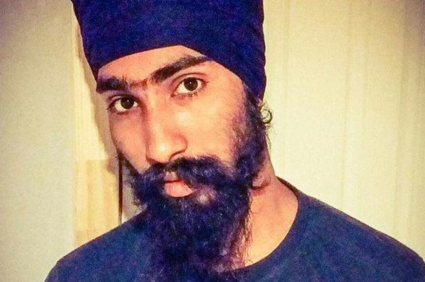 Sikh Man Removes Turban To Help Save Boys Life After Car Accident sikh man 2