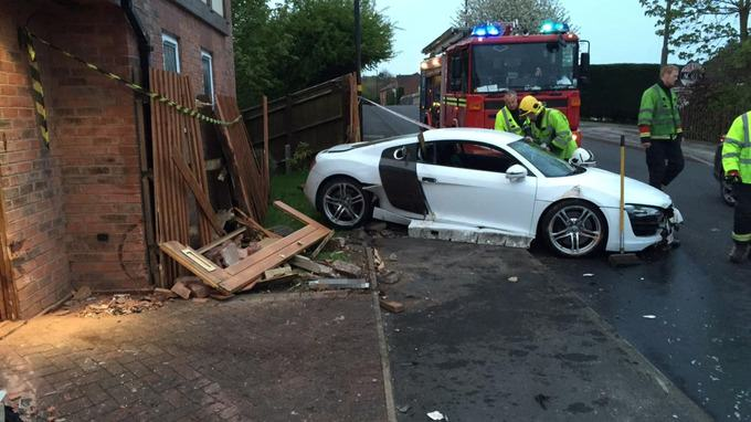 Drunk Teenager Crashes Dads £100,000 Audi R8 Into Pensioners Home stream img