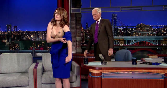 Tina Fey Strips Off In Honour of Last Letterman Appearance tina fey letterman dress