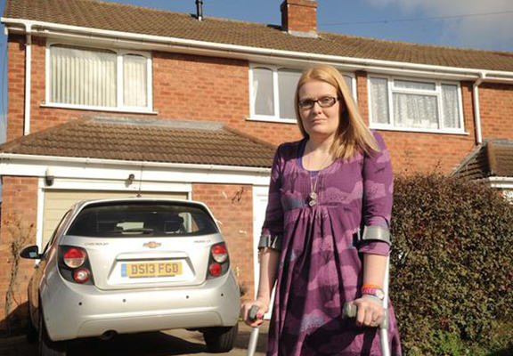 Woman Gets To Keep Her House After Good Samaritan Donates £8k widow web