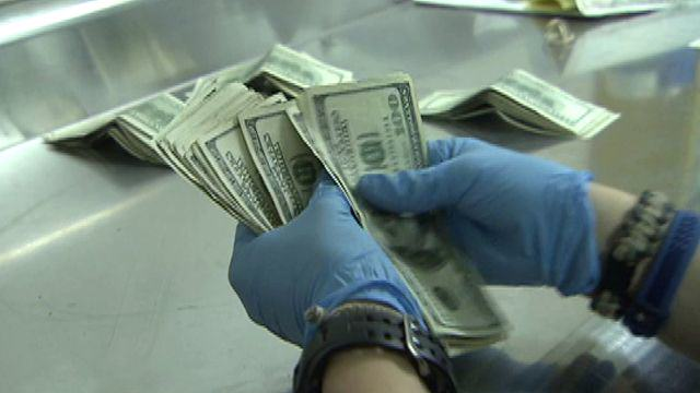 Bankers Catch Genital Warts After Handling Dirty Money 1150