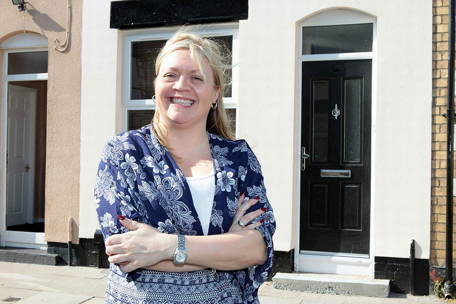 This Woman Bought A House For A QUID   Look At It Now 1170