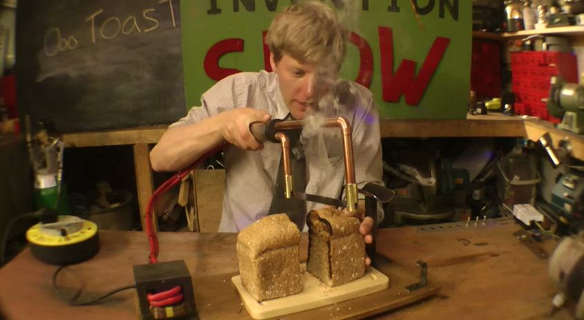 A Knife That Toasts Bread As It Slices It   Brilliant 118