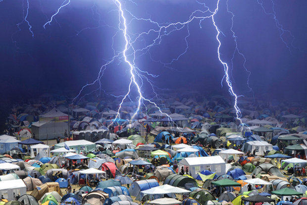 33 People Struck By Lightening At Music Festival 124