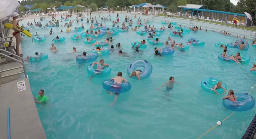 How Quickly Did YOU Spot The Child Drowning In This Video? 13