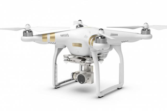 The UNILAD Guide To Buying Fathers Day Gifts Phantom 3 3 e1428477888137 1940x1089 640x426