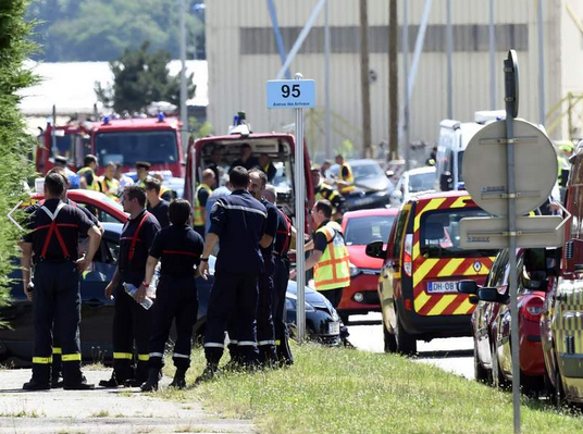Beheading And Explosion Reported At Factory In France Screen Shot 2015 06 26 at 11.33.33