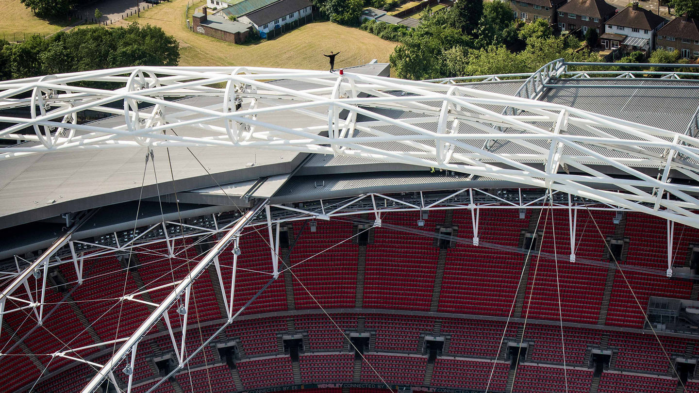 James Kingston Is At It Again, Watch Him Walk The Arch Of Wembley Stadium ap613697506853