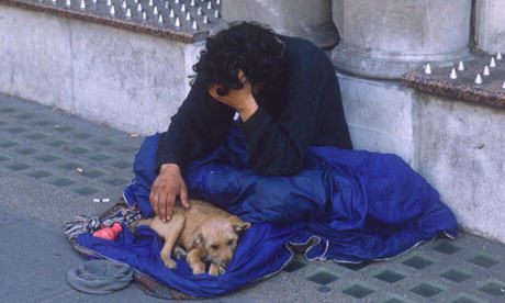 Homeless People To Pay Fines Of Up To £1,000 For Sleeping Rough beggar 007
