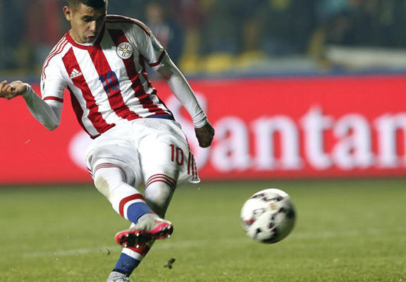 Paraguay Hero Gonzalez Reveals His Uncle Died After He Scored The Winning Penalty copa web