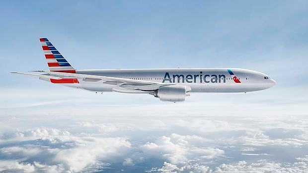 Disabled Woman Sues American Airlines After Being Forced To Crawl Onto Plane crawl1