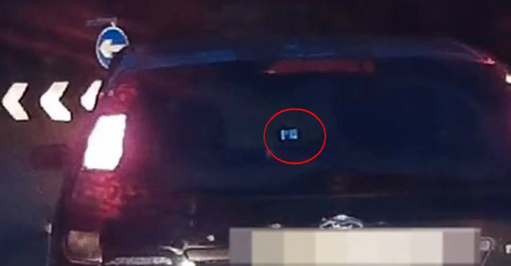 Driver Watches TV At The Wheel, Shocks Fellow Motorists driver fb