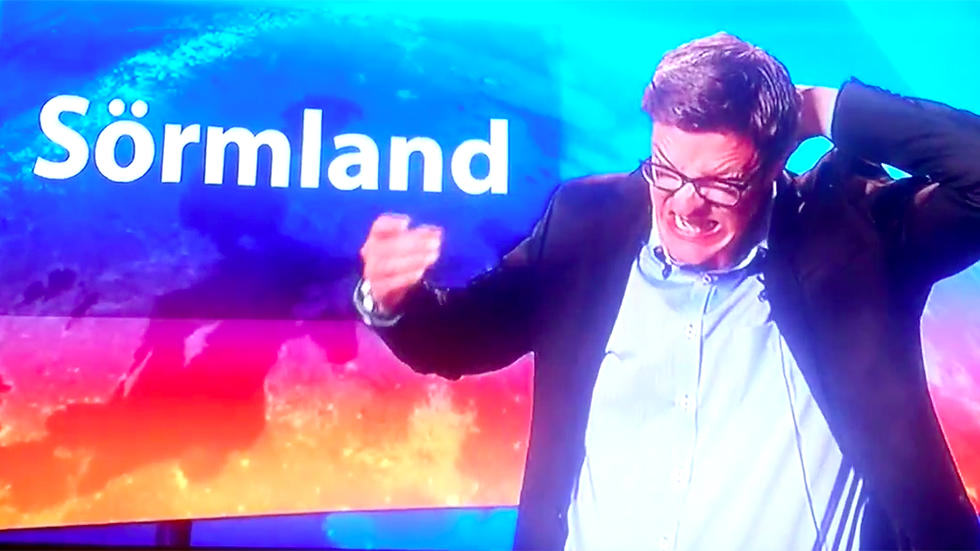 This Swedish News Presenter Has No Idea The Camera Is Rolling fred1