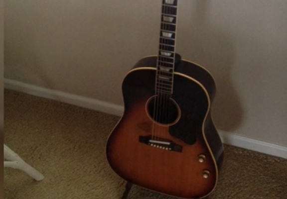 Man Buys John Lennons Guitar For $200, Its Now Selling For $600k jl 111