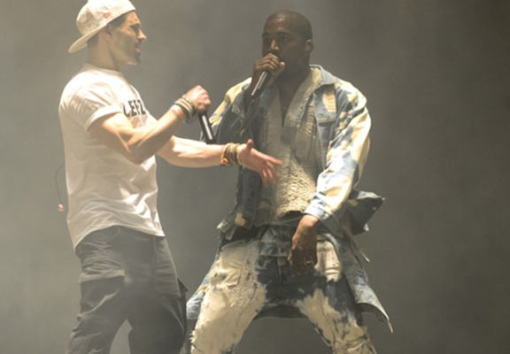 Lee Nelson Reveals He Did It For Taylor Swift Following Kanye Stage Invasion kanye nelson 1