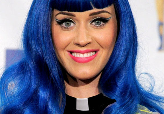 Nuns Try To Foil Katy Perrys Attempts At Buying Their Convent katy perry nun WEB