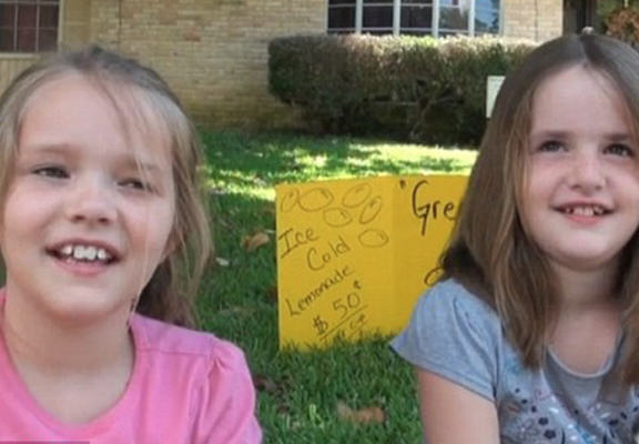 Texas Police Shut Down Girls Lemonade Stand, They Were Trying To Make Money For Fathers Day lemons2