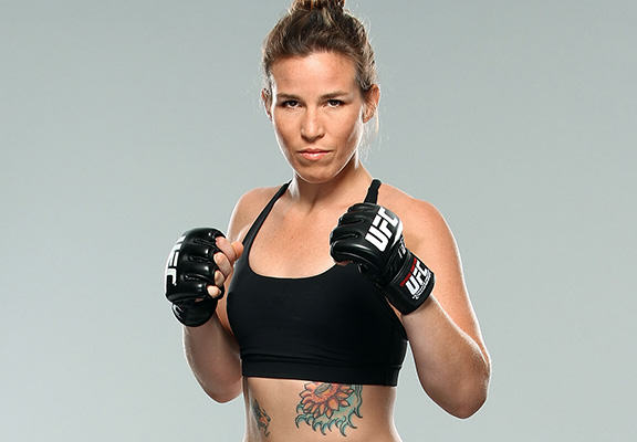 UFC Fighter Leslie Smith Beat The Crap Out Of A Guy Who Touched Her Friends Ass leslie smith web 1
