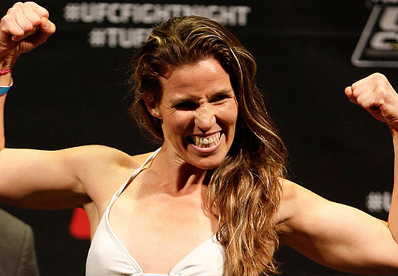 UFC Fighter Leslie Smith Beat The Crap Out Of A Guy Who Touched Her Friends Ass leslie smith web 2
