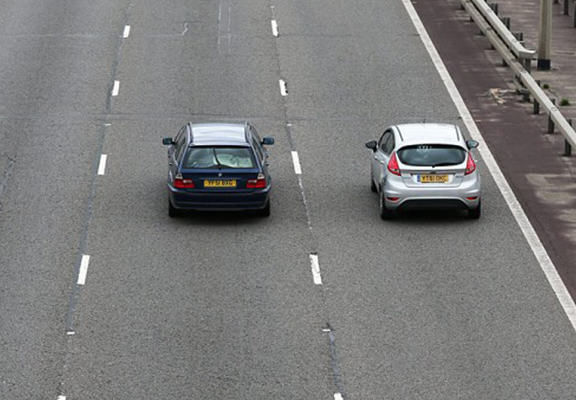 Driver Becomes First Person To Be Fined For Being A Middle Lane Hogger mlh web
