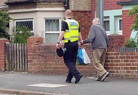 Great Grandfather Walked Home By PC After Getting On Wrong Bus omp web