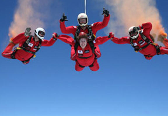 Red Devils Parachutist Survives Fall After Being Caught By Friend When Chute Failed rdv web
