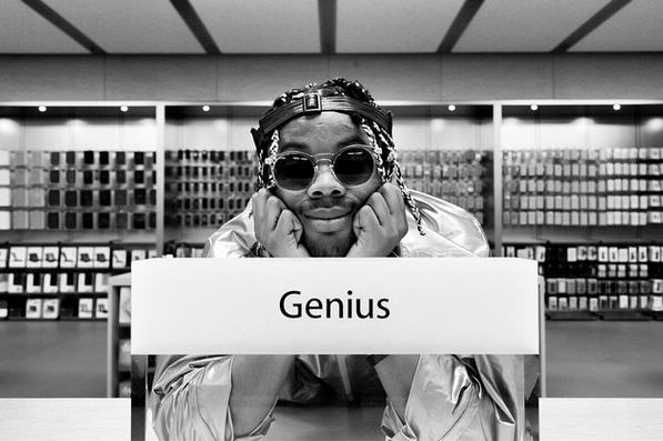 Rapper Secretly Records Entire Album In Apple Store Without Anyone Knowing 135