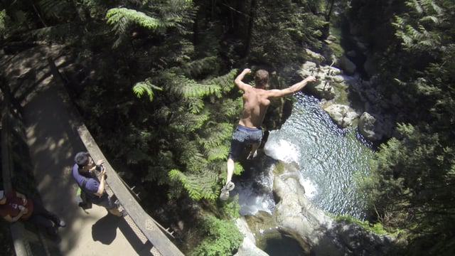 This Nutcase Performs Some Ridiculous And Dangerous Cliff Dives 161