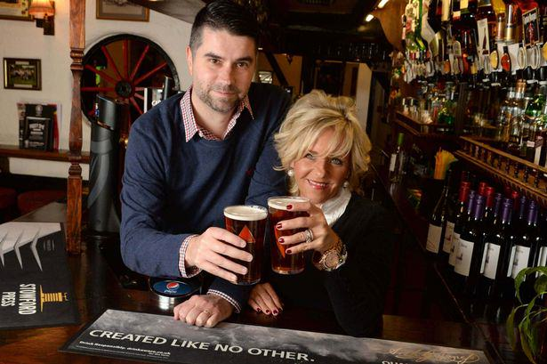 This American Couple Fly 8,000 Miles For A Pint In A Birmingham Pub Every Six Weeks   But Why? 27
