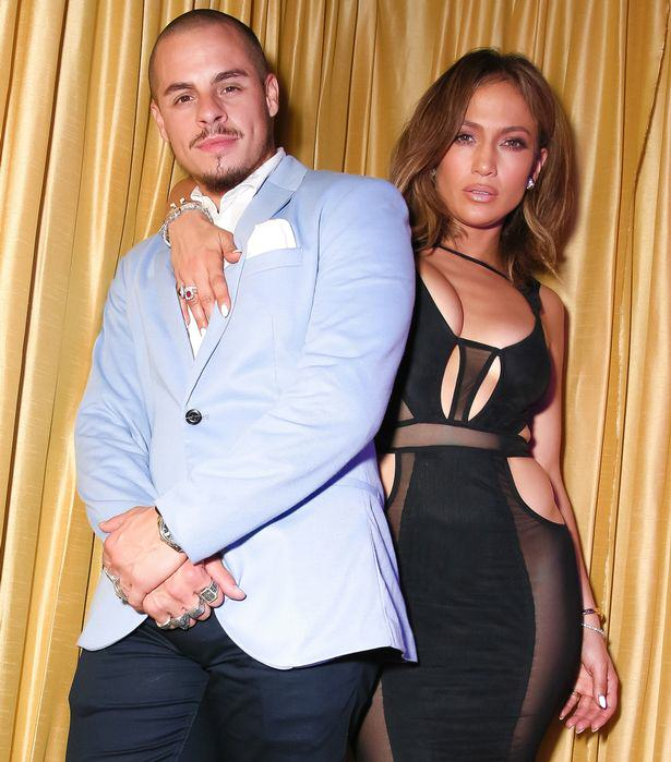 Jennifer Lopez Looked Half Her Age At Her 46th Birthday Party 55b6139059d1b