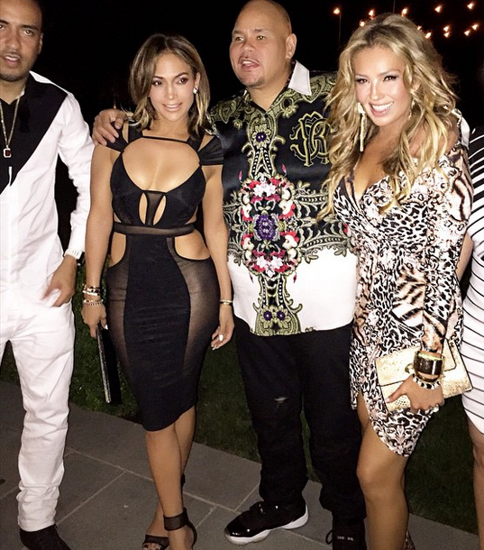 Jennifer Lopez Looked Half Her Age At Her 46th Birthday Party 55b613a3ce439