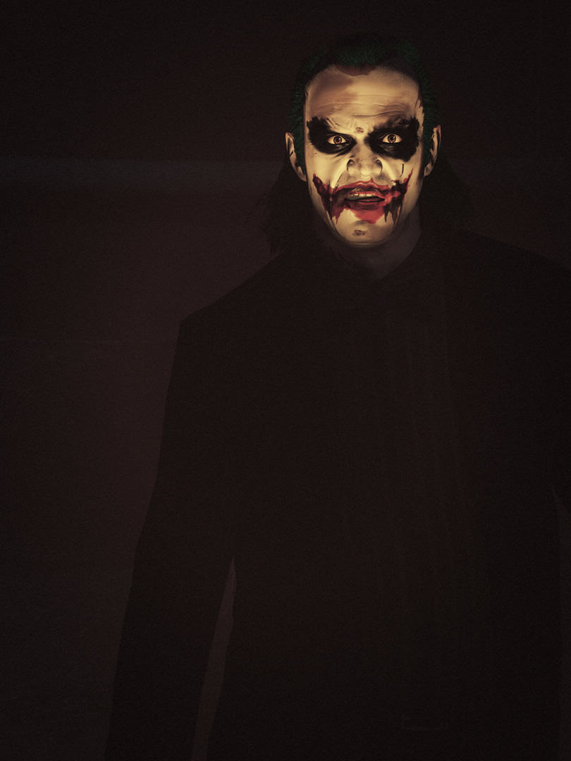 These Photos Prove Trevor From GTA Should Be The Next Joker 55b7494a14a12