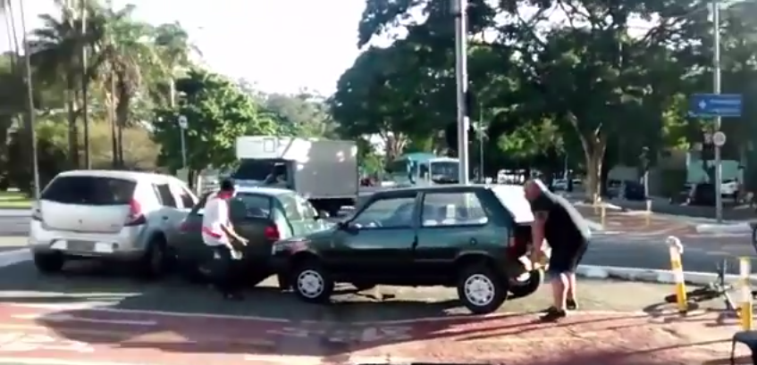 Massive Guy Lifts Car Out Of Cycle Lane Because He Doesnt F*ck About 55b76ea2476f5