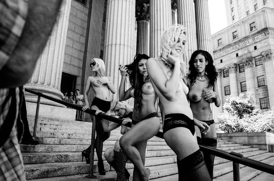 Photographer Fights Censorship With Stunning Photos Of Topless Women 55b79cef3a997
