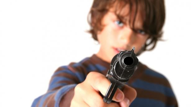 Parents Receive Letter From School After Kid Brings Gun In For Show And Tell 55bb603d8c11c