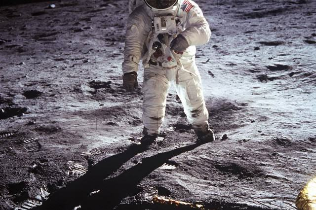 The Speech That Would Have Been Made If The Apollo 11 Moon Landing Had Failed Landing 1 640x426