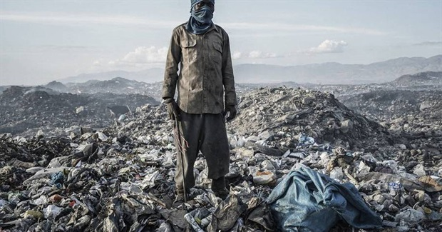 The Destructive Nature of Human Beings in Pictures Max Plenke